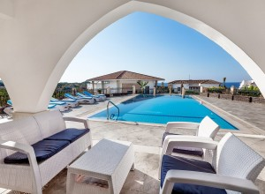 cyprus-luxury-5-bedroom-seaside-13