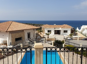 cyprus-luxury-5-bedroom-seaside-14