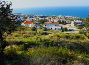 3 plots of land just under 2 donums with panaromic Sea views