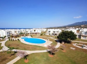 Apartment superbly situated on the sea front of Esentepe
