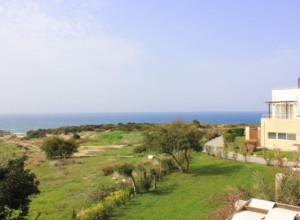 cyprus-beachfront-two-bedroom-p-04