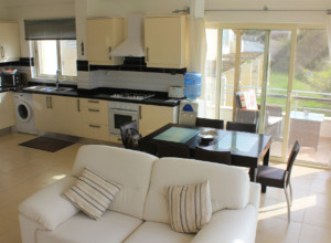 cyprus-beachfront-two-bedroom-p-07