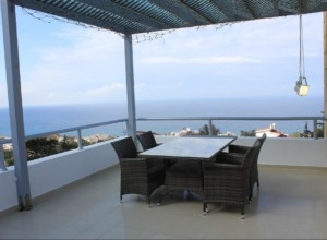 cyprus-seaside-contemporary-vil-12
