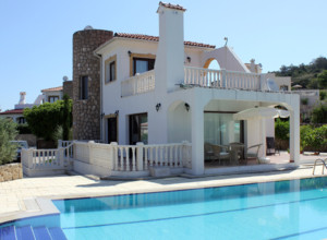 cyprus-3-bedroom-villa-02