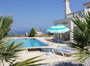 cyprus-3-bedroom-villa-03