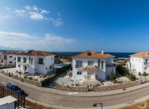 cyprus-impressive-three-bedroom-38