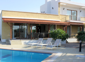 cyprus-impressive-three-bedroom-42