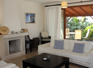 cyprus-impressive-three-bedroom-45
