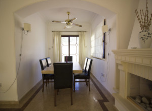 cyprus-beautiful-three-bedroom-03