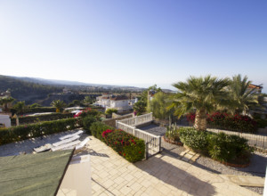 cyprus-beautiful-three-bedroom-14