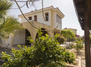 cyprus-unique-semi-detached-vil-03