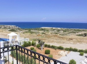 cyprus-comfortable-and-bright-s-08