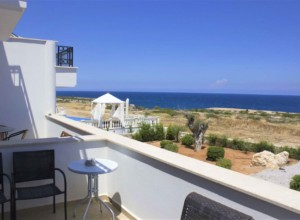 cyprus-comfortable-and-bright-s-09
