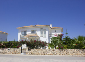 cyprus-fully-furnished-4-bedroo-02