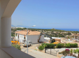 cyprus-spectacular-seafront-lux-01