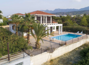 cyprus-charming-four-bedroom-se-13