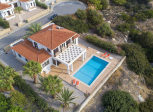 cyprus-charming-four-bedroom-se-15
