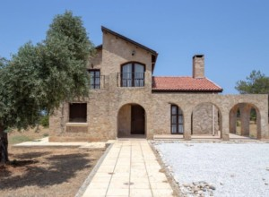 cyprus-traditional-style-3-bedr-06