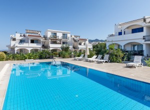cyprus-comfortable-and-bright-s-07