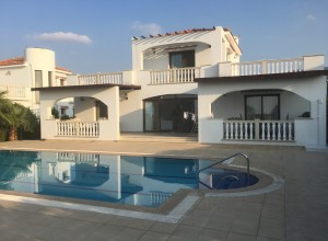 cyprus-amazing-three-bedroom-vi-01